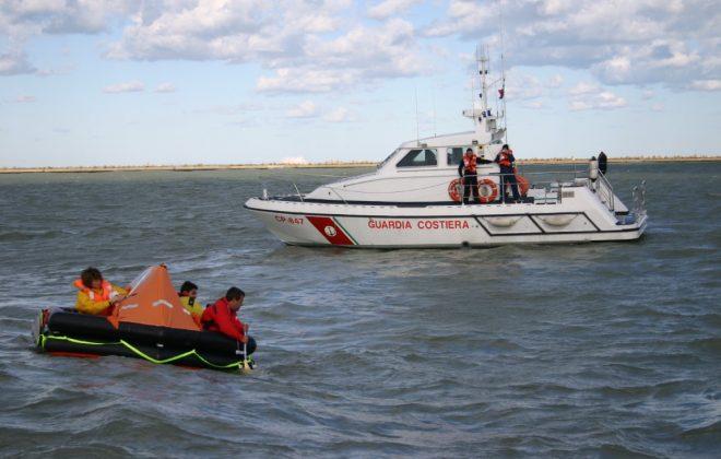 Barca indicatore del carburante hook up